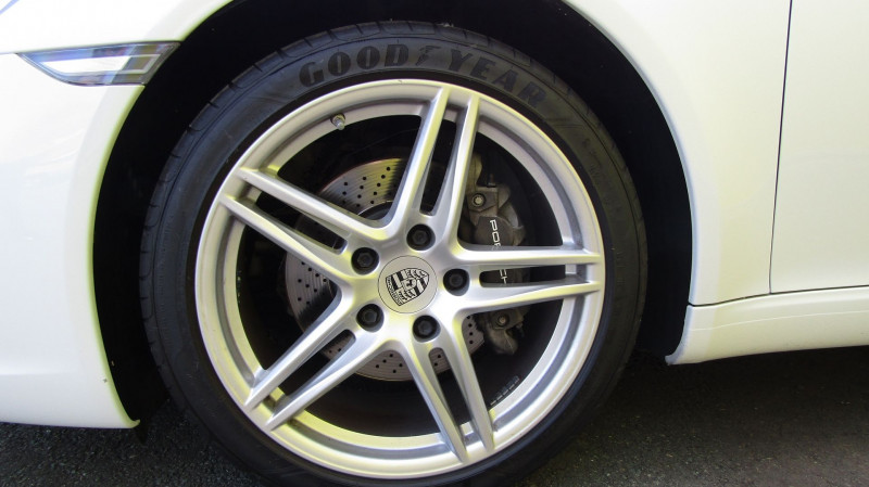 Photo 8 de l'offre de PORSCHE 911 COUPE (991) 3.0 370CH à 83800€ chez Garage Deletre
