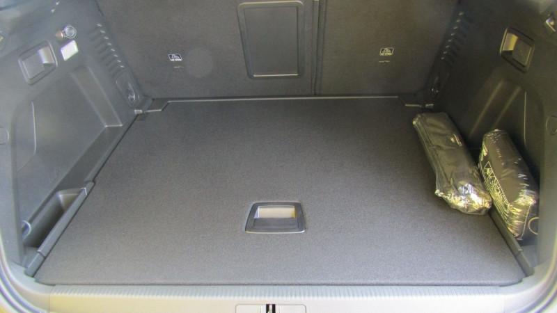 Photo 6 de l'offre de PEUGEOT 3008 1.5 BLUEHDI 130CH E6.C ACTIVE BUSINESS S&S EAT8 à 30990€ chez Garage Deletre