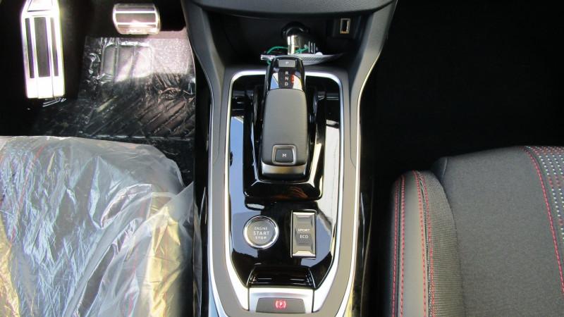 Photo 3 de l'offre de PEUGEOT 308 1.5 BLUEHDI 130CH S&S GT EAT8 à 26990€ chez Garage Deletre