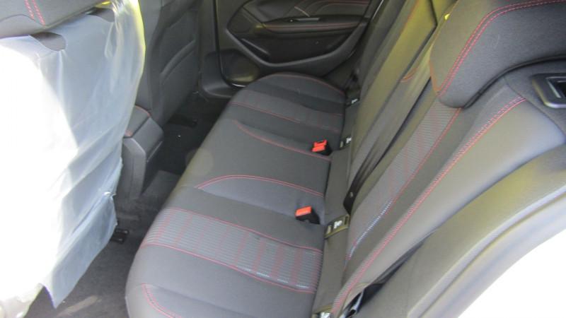 Photo 4 de l'offre de PEUGEOT 308 1.5 BLUEHDI 130CH S&S GT EAT8 à 26990€ chez Garage Deletre