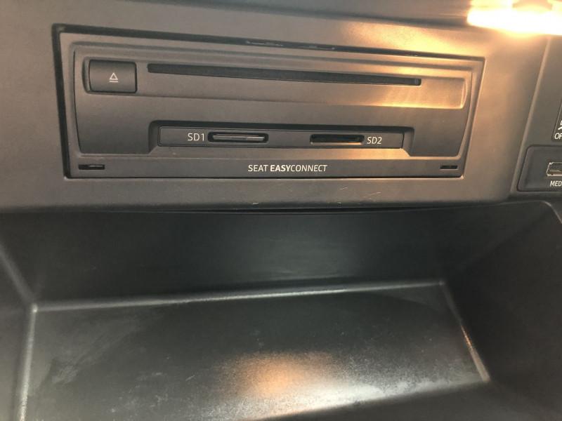 Photo 17 de l'offre de SEAT LEON ST 1.6 TDI 105CH FAP STYLE BUSINESS START&STOP à 7990€ chez SAD