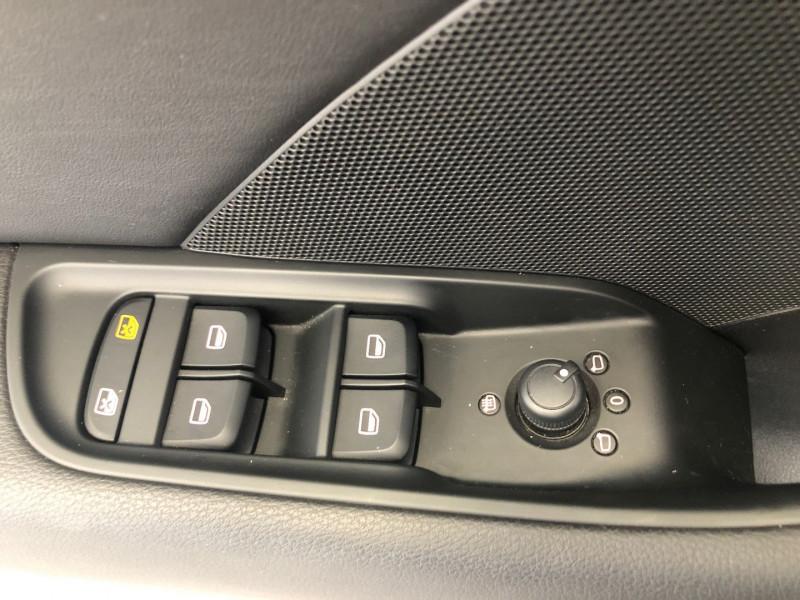 Photo 18 de l'offre de AUDI A3 SPORTBACK 1.6 TDI 110CH FAP AMBITION à 15490€ chez SAD Plus