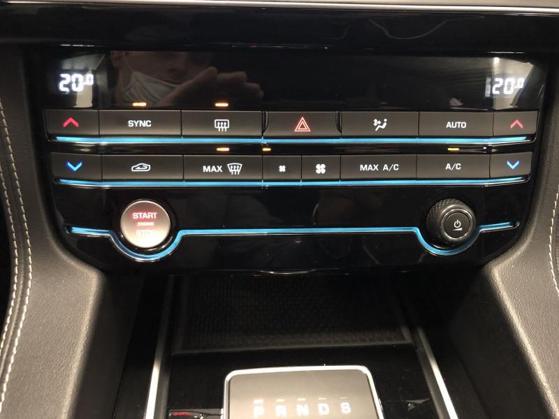 Photo 13 de l'offre de JAGUAR F-PACE 2.0D 180CH R-SPORT 4X4 BVA8 à 32990€ chez SAD Plus