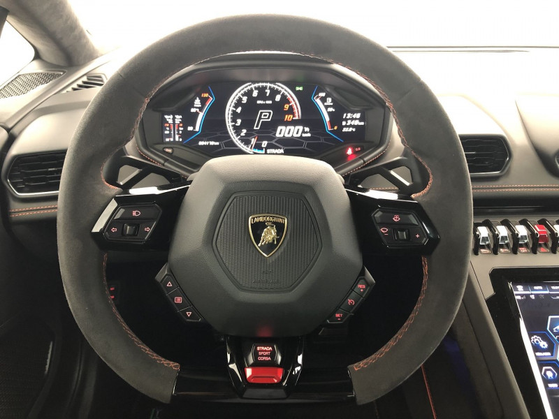 Photo 27 de l'offre de LAMBORGHINI HURACAN LP 640-4 EVO à 259900€ chez SAD Plus