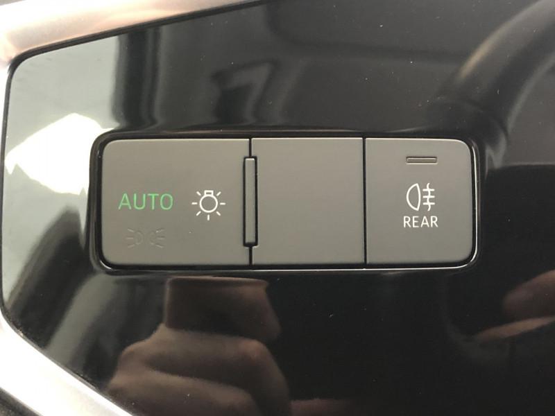 Photo 25 de l'offre de AUDI Q3 35 TFSI 150CH DESIGN à 29990€ chez SAD Plus