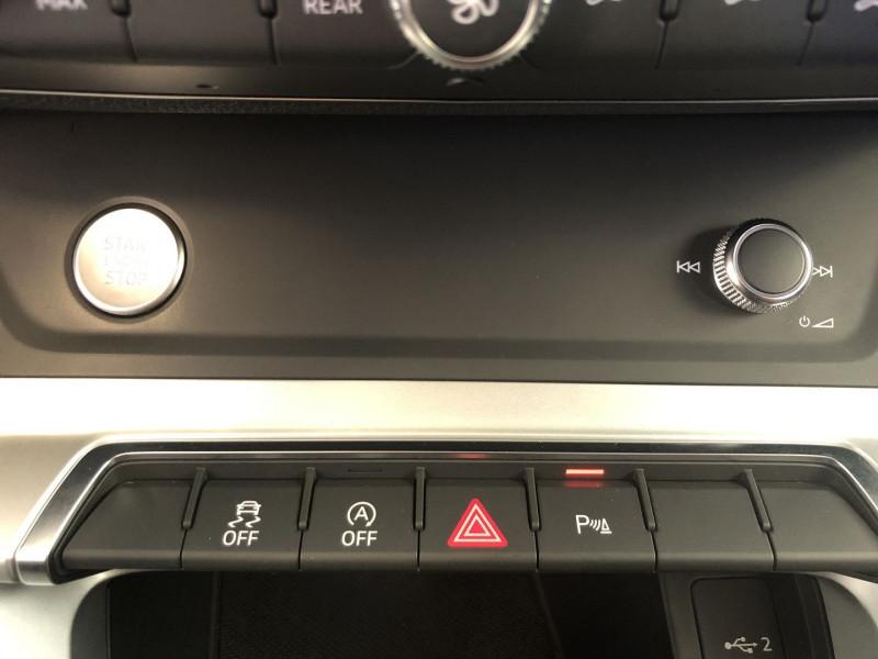 Photo 15 de l'offre de AUDI Q3 35 TFSI 150CH DESIGN à 29990€ chez SAD Plus