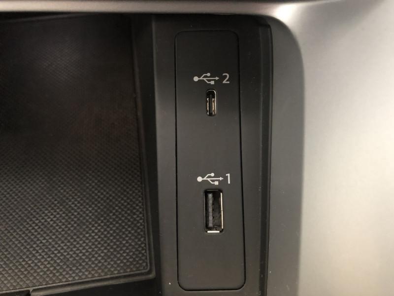 Photo 16 de l'offre de AUDI Q3 35 TFSI 150CH DESIGN à 29990€ chez SAD Plus