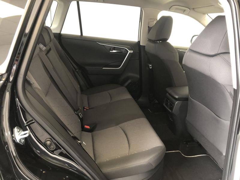Photo 4 de l'offre de TOYOTA RAV4 HYBRIDE 218CH DYNAMIC 2WD MY20 à 35680€ chez SAD Plus