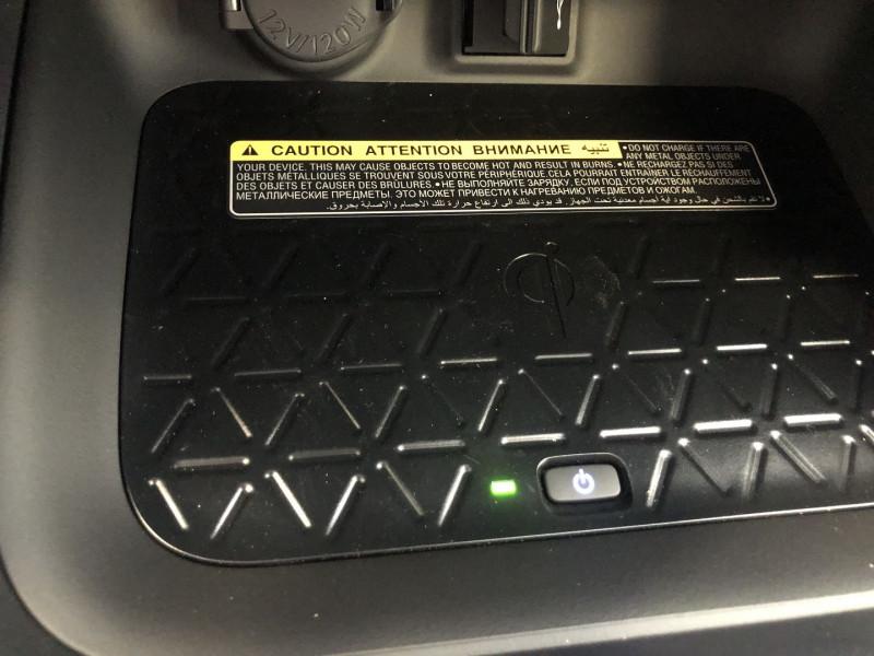 Photo 16 de l'offre de TOYOTA RAV4 HYBRIDE 218CH DYNAMIC 2WD MY20 à 35680€ chez SAD Plus