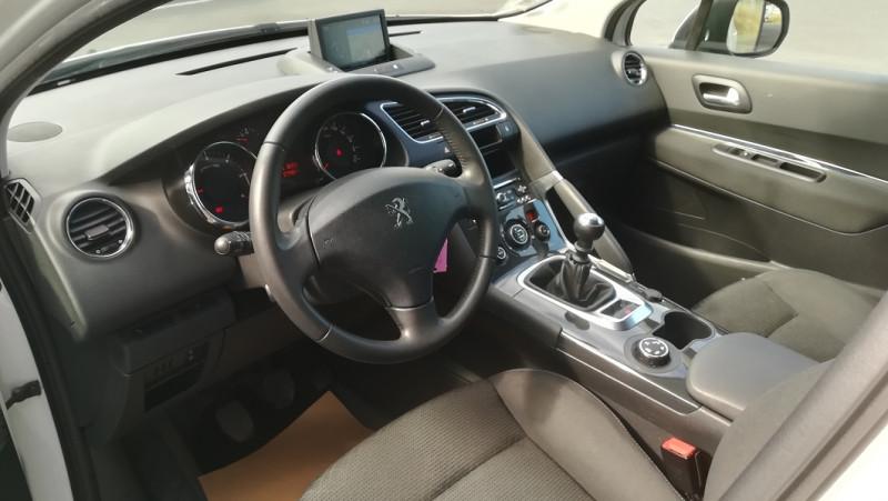 Photo 3 de l'offre de PEUGEOT 3008 1.6 BLUEHDI 120CH BUSINESS PACK S&S à 12990€ chez Automobiles Services