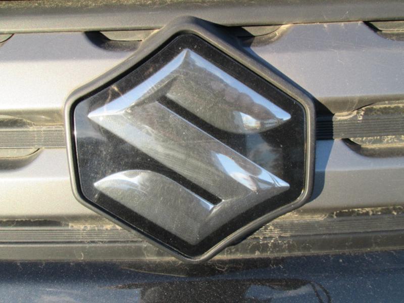 Suzuki Vitara 1.6 VVT Privilège AllGrip Essence NOIR / BLANC Occasion à vendre