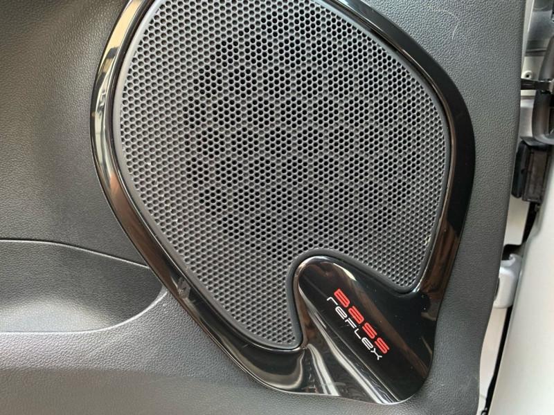 Photo 10 de l'offre de RENAULT CLIO IV 0.9 TCE 90CH ENERGY LIMITED 5P EURO6C à 11990€ chez BOBBIA SAS