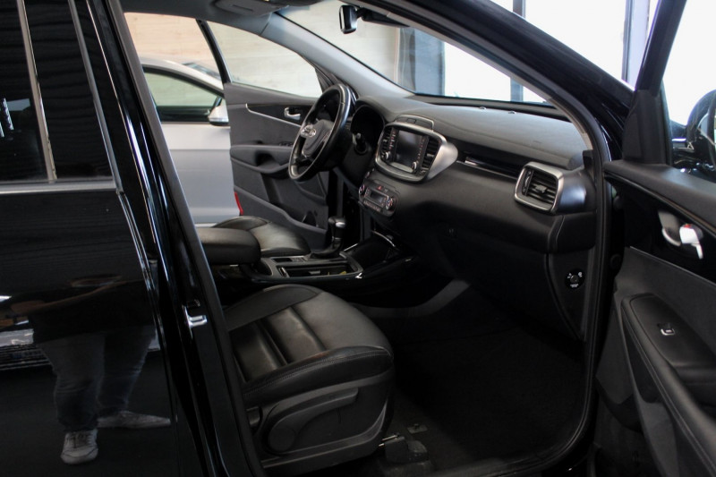 Photo 7 de l'offre de KIA SORENTO 3 III 2.2 CRDI 200 ISG PREMIUM 4WD BVA6 à 28950€ chez Premium Cars 76
