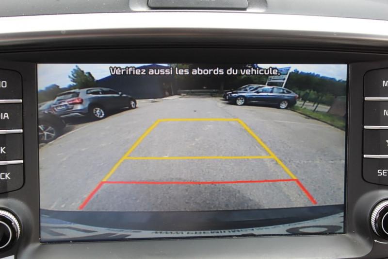 Photo 13 de l'offre de KIA SORENTO 3 III 2.2 CRDI 200 ISG PREMIUM 4WD BVA6 à 28950€ chez Premium Cars 76