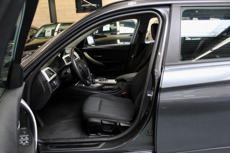 Photo 3 de l'offre de BMW SERIE 3 F31 TOURING (F31) TOURING 318D 143 BUSINESS BVA8 à 15950€ chez Premium Cars 76