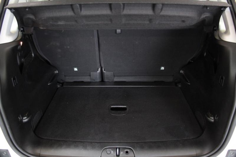Photo 12 de l'offre de FIAT 500 L 1.6 MULTIJET 120 S/S LOUNGE à 9790€ chez Premium Cars 76