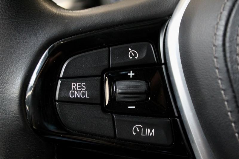Photo 15 de l'offre de BMW SERIE 5 G30 (G30) 520DA 190 EFFICIENT DYNAMICS BUSINESS à 27450€ chez Premium Cars 76