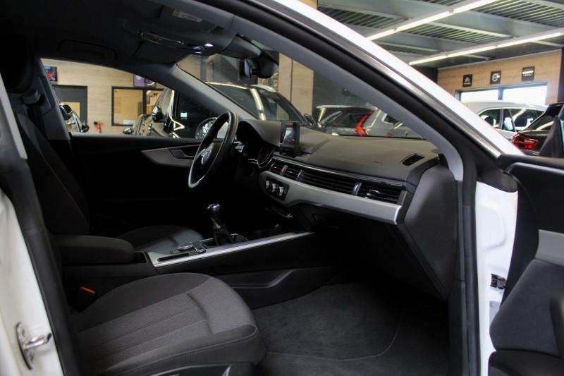 Photo 6 de l'offre de AUDI A5 SPORTBACK (2E GENERATION) II SPORTBACK 2.0 TFSI 190 à 27950€ chez Premium Cars 76