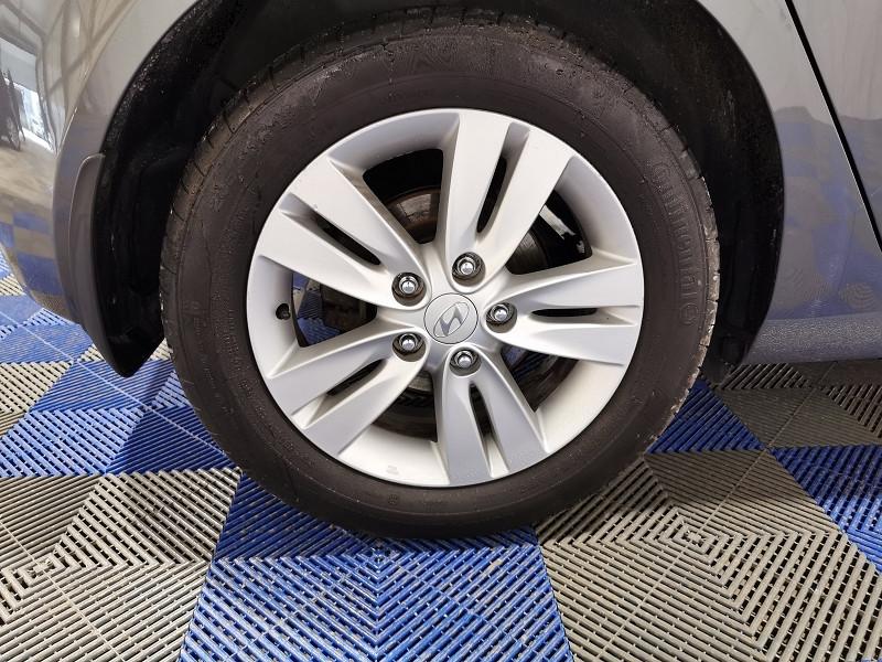 Photo 6 de l'offre de HYUNDAI IX20 1.4 90CH PACK INVENTIVE à 6990€ chez VL Auto