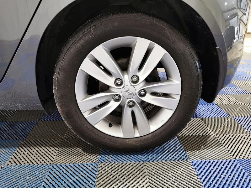Photo 9 de l'offre de HYUNDAI IX20 1.4 90CH PACK INVENTIVE à 6990€ chez VL Auto