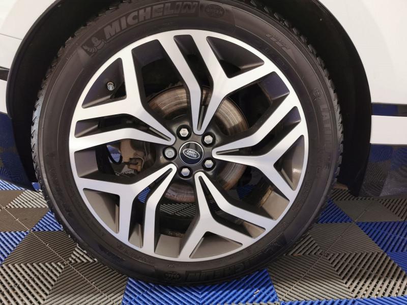 Photo 22 de l'offre de LAND-ROVER RANGE ROVER VELAR 3.0D V6 300CH R-DYNAMIC HSE AWD BVA à 53990€ chez VL Auto