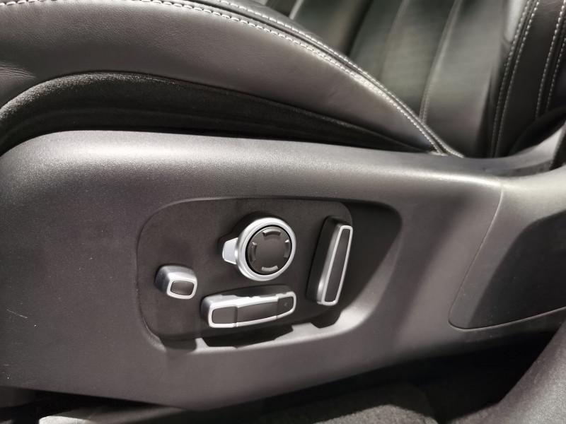 Photo 15 de l'offre de LAND-ROVER RANGE ROVER VELAR 3.0D V6 300CH R-DYNAMIC HSE AWD BVA à 53990€ chez VL Auto