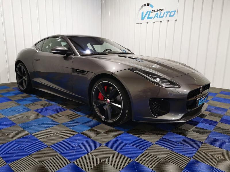 Jaguar F-TYPE COUPE 2.0 T 300CH R-DYNAMIC BVA8 Essence GRIS F Occasion à vendre