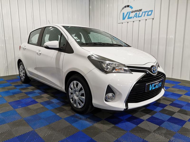 Toyota YARIS HSD 100H DYNAMIC 5P Hybride BLANC Occasion à vendre