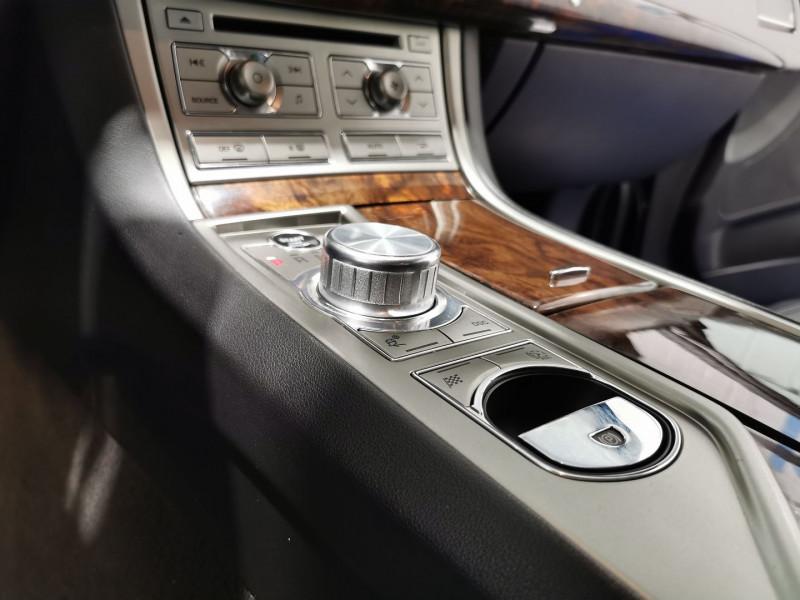 Photo 13 de l'offre de JAGUAR XF 3.0 V6 D 211CH EDITION LIMITEE à 10490€ chez VL Auto