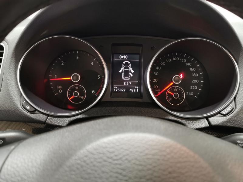 Photo 13 de l'offre de VOLKSWAGEN GOLF VI SW 1.6 TDI 105CH BLUEMOTION FAP CONFORTLINE à 6690€ chez VL Auto