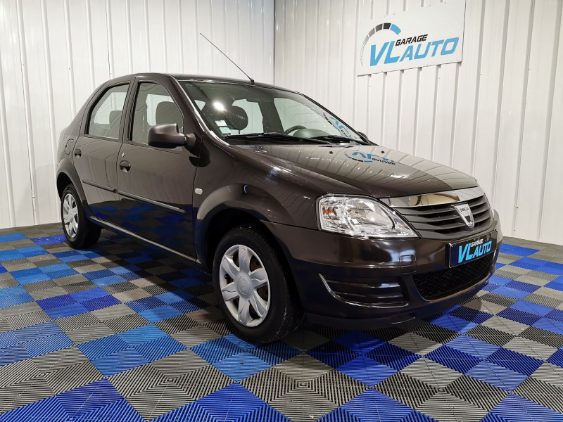 Dacia LOGAN 1.2 16V 75CH AMBIANCE EURO5 Essence NOIR Occasion à vendre