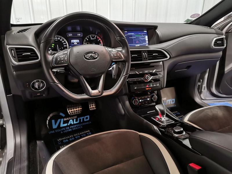 Photo 8 de l'offre de INFINITI Q30 1.6T 156CH SPORT DCT7 à 18490€ chez VL Auto