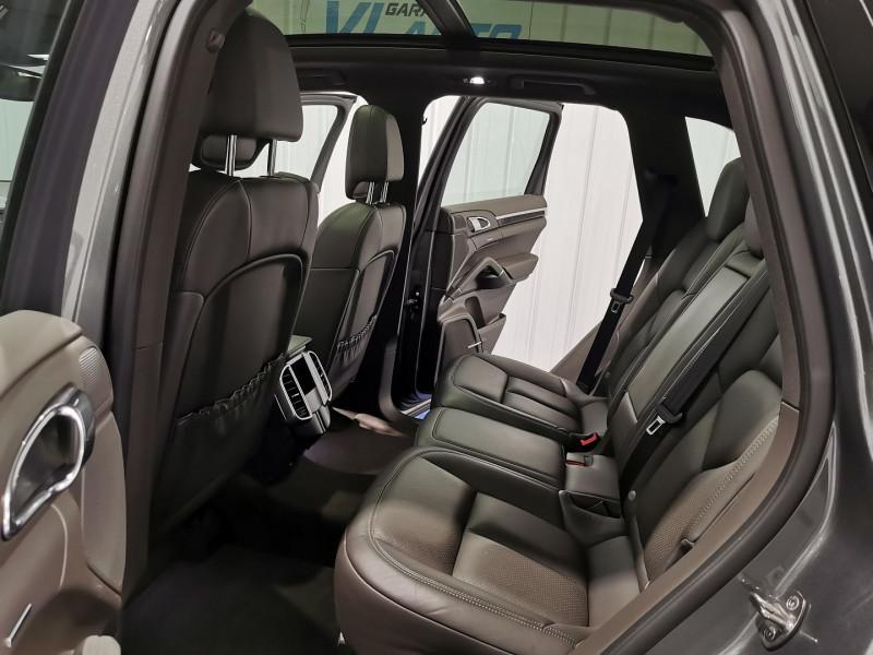 Photo 13 de l'offre de PORSCHE CAYENNE (958) 3.0 416CH S E-HYBRID à 42990€ chez VL Auto