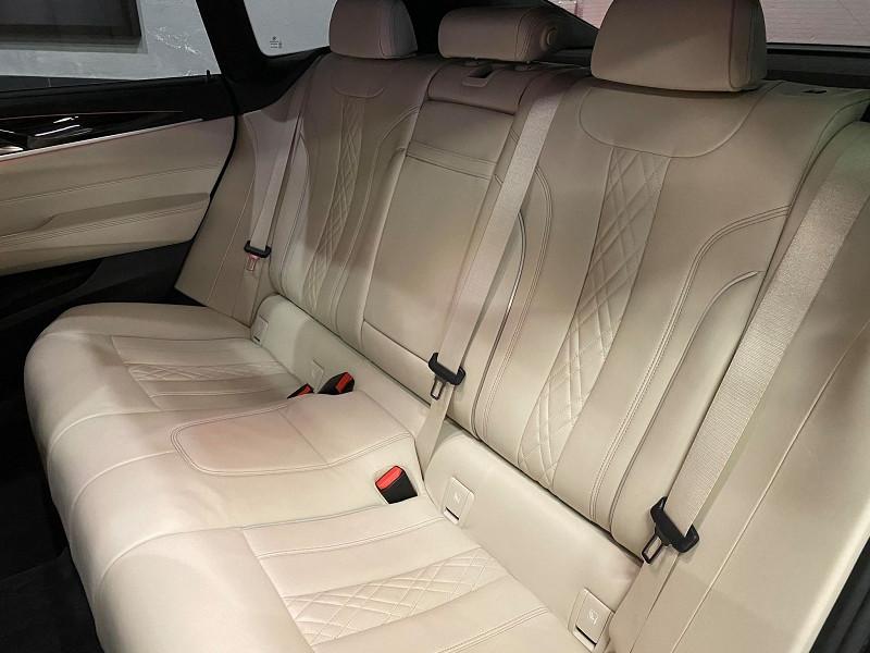 Photo 7 de l'offre de BMW SERIE 6 GRAN TURISMO (G32) 630D XDRIVE 265CH M SPORT EURO6D-T à 42990€ chez Signature auto