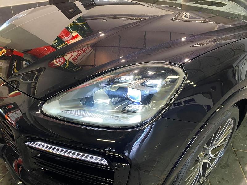 Photo 3 de l'offre de PORSCHE CAYENNE 3.0 462CH E-HYBRID EURO6D-T à 115990€ chez Signature auto