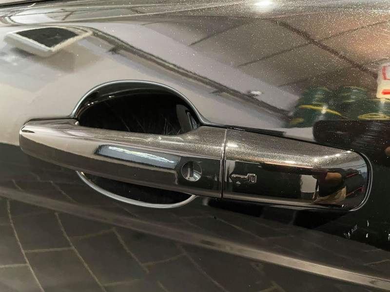 Photo 5 de l'offre de LAND-ROVER EVOQUE COUPE 2.0 TD4 180 HSE DYNAMIC BVA MARK IV 3P à 31990€ chez Signature auto