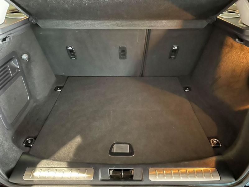 Photo 9 de l'offre de LAND-ROVER EVOQUE COUPE 2.0 TD4 180 HSE DYNAMIC BVA MARK IV 3P à 31990€ chez Signature auto