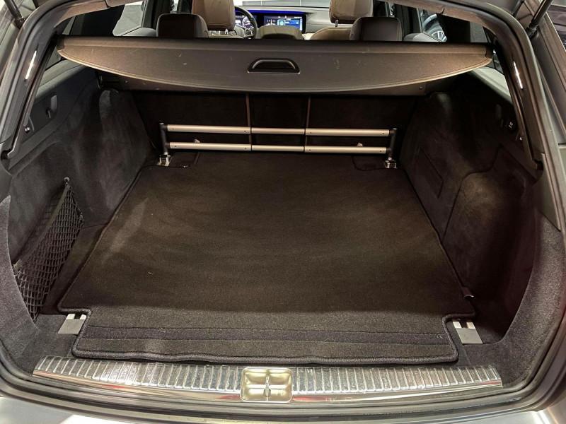 Photo 10 de l'offre de MERCEDES-BENZ CLASSE E BREAK (S213) 43 AMG 401CH 4MATIC 9G-TRONIC à 54990€ chez Signature auto