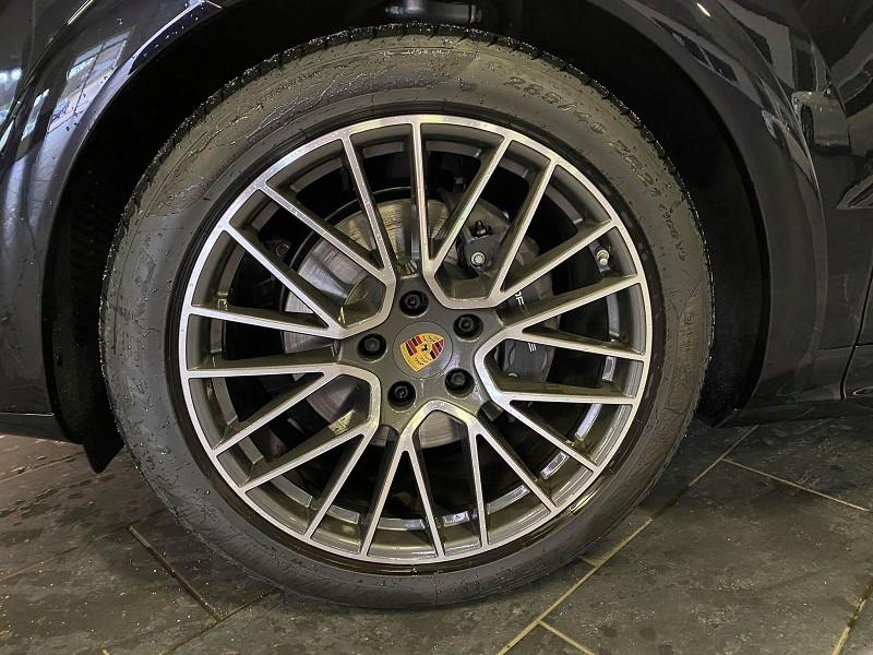 Photo 4 de l'offre de PORSCHE CAYENNE 3.0 462CH E-HYBRID EURO6D-T à 115990€ chez Signature auto
