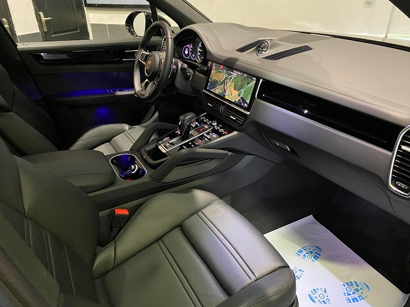 Photo 10 de l'offre de PORSCHE CAYENNE 3.0 462CH E-HYBRID EURO6D-T à 115990€ chez Signature auto