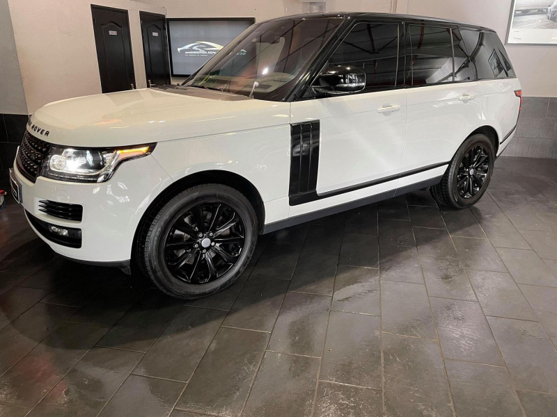 Photo 1 de l'offre de LAND-ROVER RANGE ROVER 3.0 TDV6 258CH VOGUE SWB MARK VI à 56990€ chez Signature auto