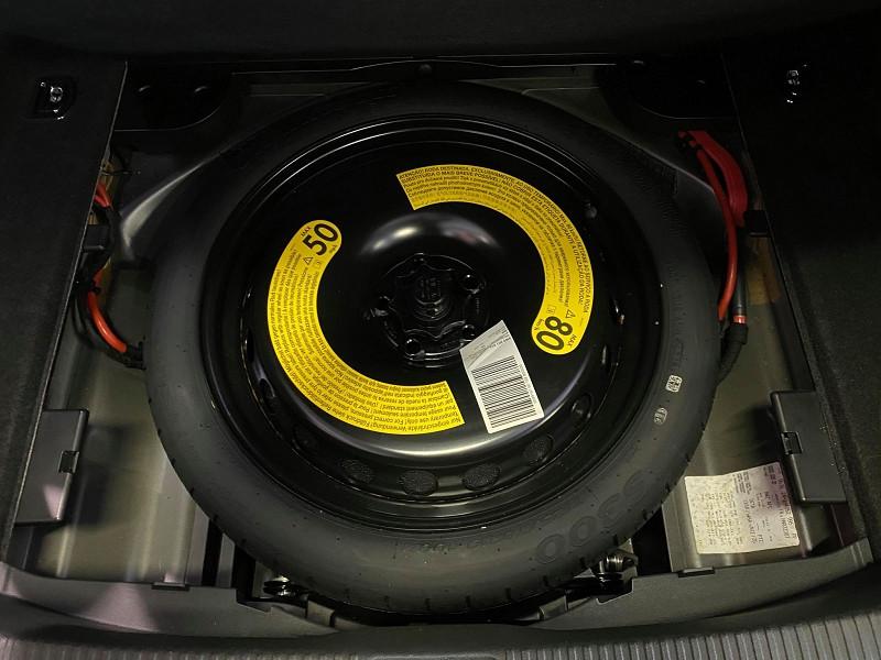Photo 12 de l'offre de AUDI A4 2.0 TDI 190CH ULTRA DESIGN à 20990€ chez Signature auto