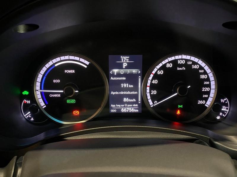Photo 12 de l'offre de LEXUS NX 300H 4WD F SPORT à 30990€ chez Signature auto