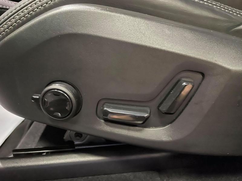 Photo 16 de l'offre de VOLVO XC60 D4 ADBLUE 190CH INSCRIPTION LUXE GEARTRONIC à 44990€ chez Signature auto