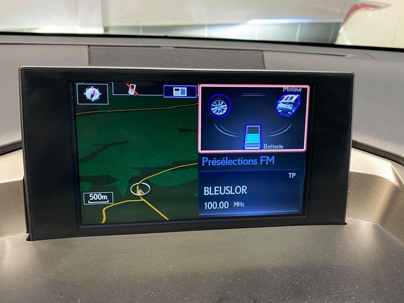 Photo 15 de l'offre de LEXUS NX 300H 4WD F SPORT à 30990€ chez Signature auto
