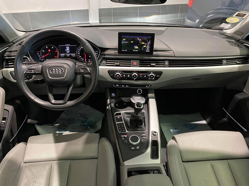 Photo 5 de l'offre de AUDI A4 2.0 TDI 190CH ULTRA DESIGN à 20990€ chez Signature auto