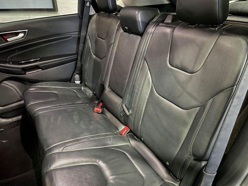 Photo 8 de l'offre de FORD EDGE 2.0 TDCI 210CH TITANIUM I-AWD POWERSHIFT à 21990€ chez Signature auto