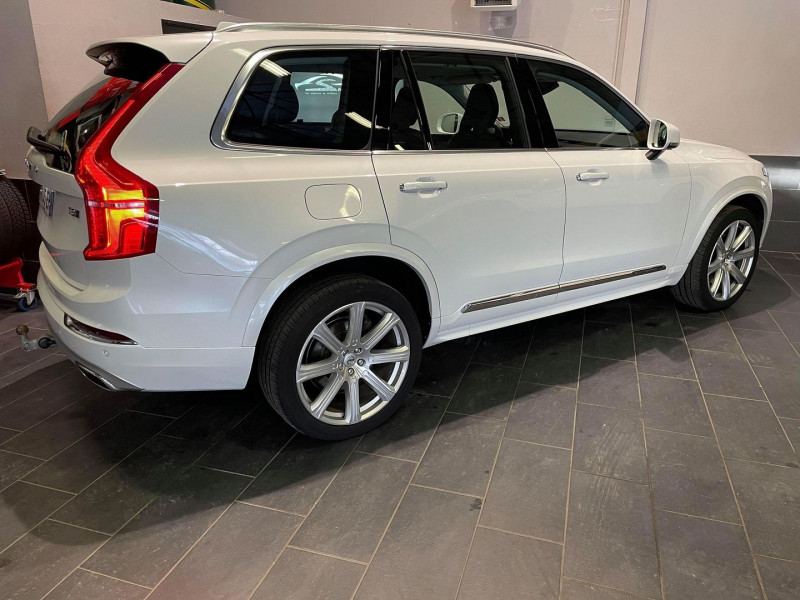 Photo 2 de l'offre de VOLVO XC90 T8 TWIN ENGINE 303 + 87CH INSCRIPTION LUXE GEARTRONIC 7 PLACES à 51990€ chez Signature auto