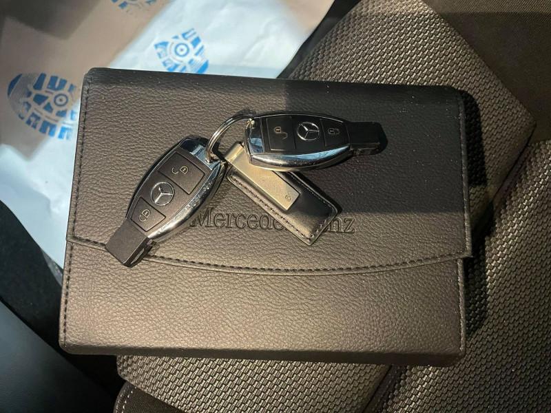 Photo 11 de l'offre de MERCEDES-BENZ CLASSE A (W176) 220 D BUSINESS 7G-DCT à 16990€ chez Signature auto