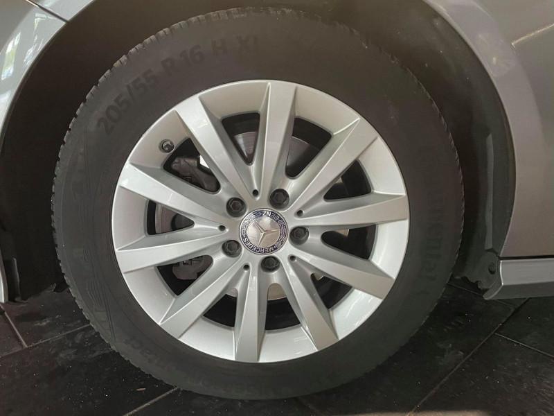 Photo 3 de l'offre de MERCEDES-BENZ CLASSE A (W176) 220 D BUSINESS 7G-DCT à 16990€ chez Signature auto